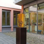C-Theiss--Installation-im-2.-Atrium-im-Cecilengymnasium-in-Düsseldorf-Detail