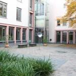 C.Theiss--Installation-im-1.-Atrium-im-Cecilengymnasium-in-Düsseldorf